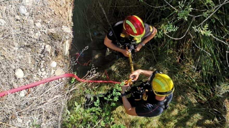 Más de 140 bomberos en un simulacro de búsqueda de personas en Yesa