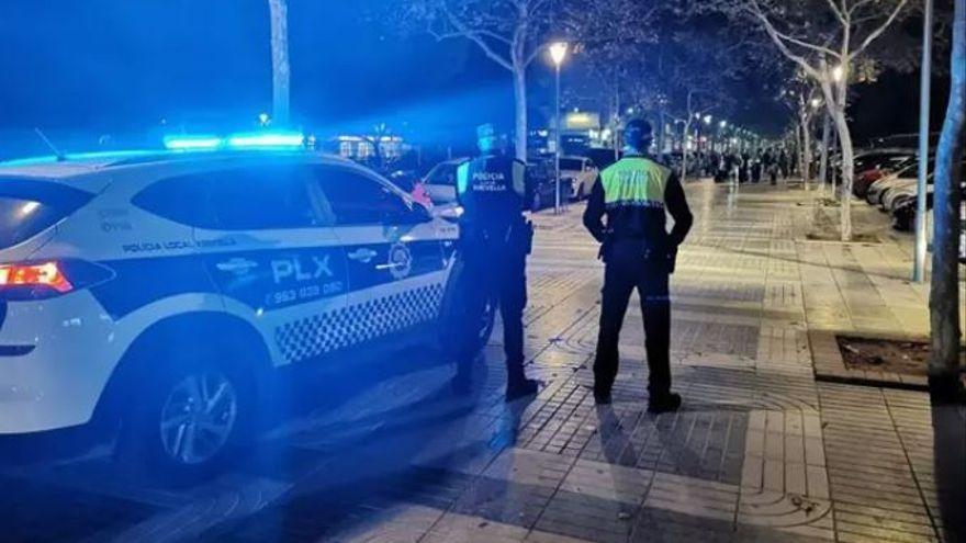 La Policía desaloja un cumpleaños en una nave industrial abandonada de Valencia
