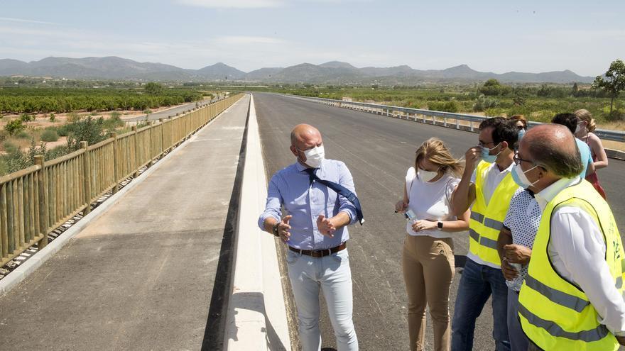 Gaspar visita las obras de la variante de Bétera junto a alcaldes de la comarca