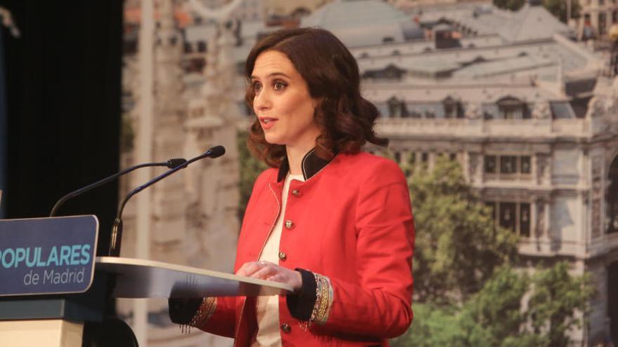 """Díaz Ayuso quiere """"contar"""" con Aguirre y Cifuentes"""