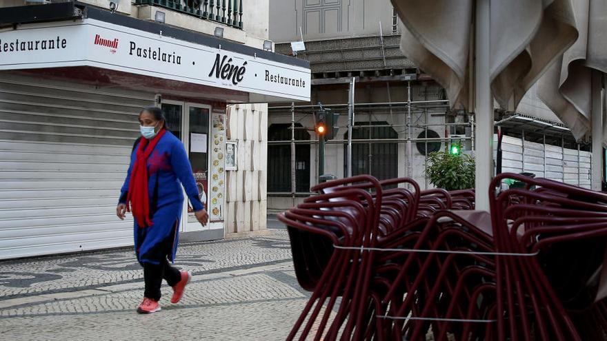 Portugal rebasa los 10.000 nuevos contagios por quinto día consecutivo