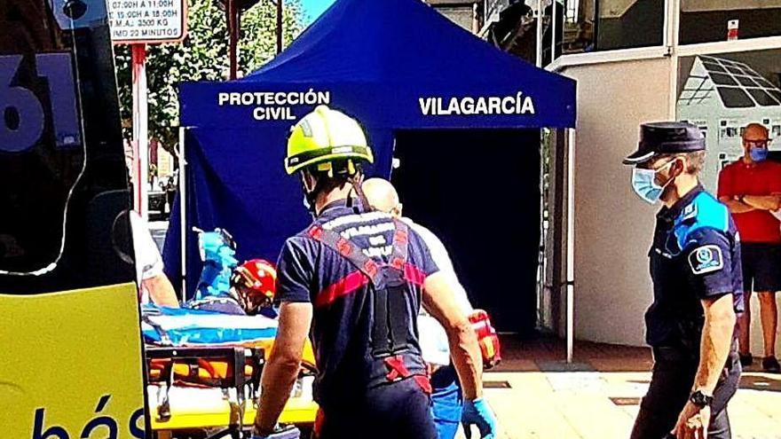 Triple atropello en una zona peatonal de Vilagarcía por una furgoneta de reparto
