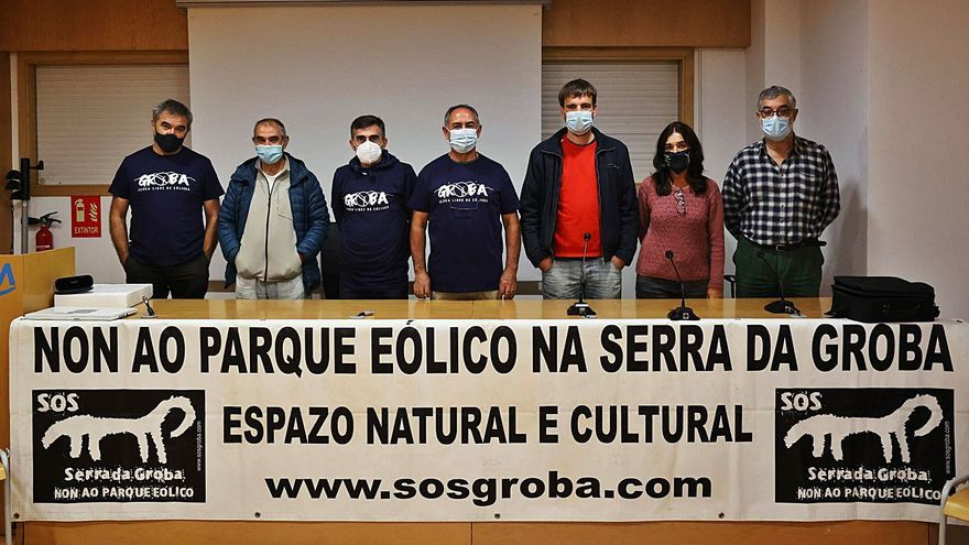Campaña masiva de alegaciones contra el primer parque eólico de A Groba