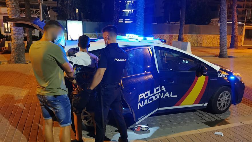 Zehn Taschendiebe an der Playa de Palma in fünf Tagen gefasst
