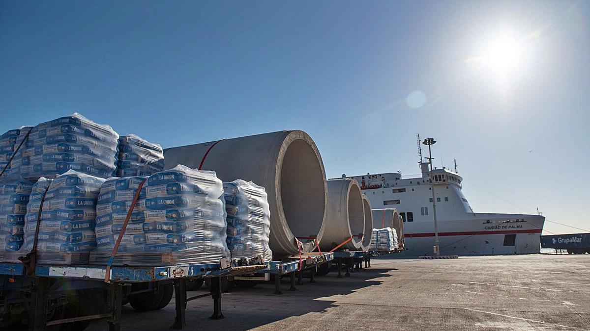 El descenso de tráfico de mercancías ha afectado a todos los puertos de Balears. | APB