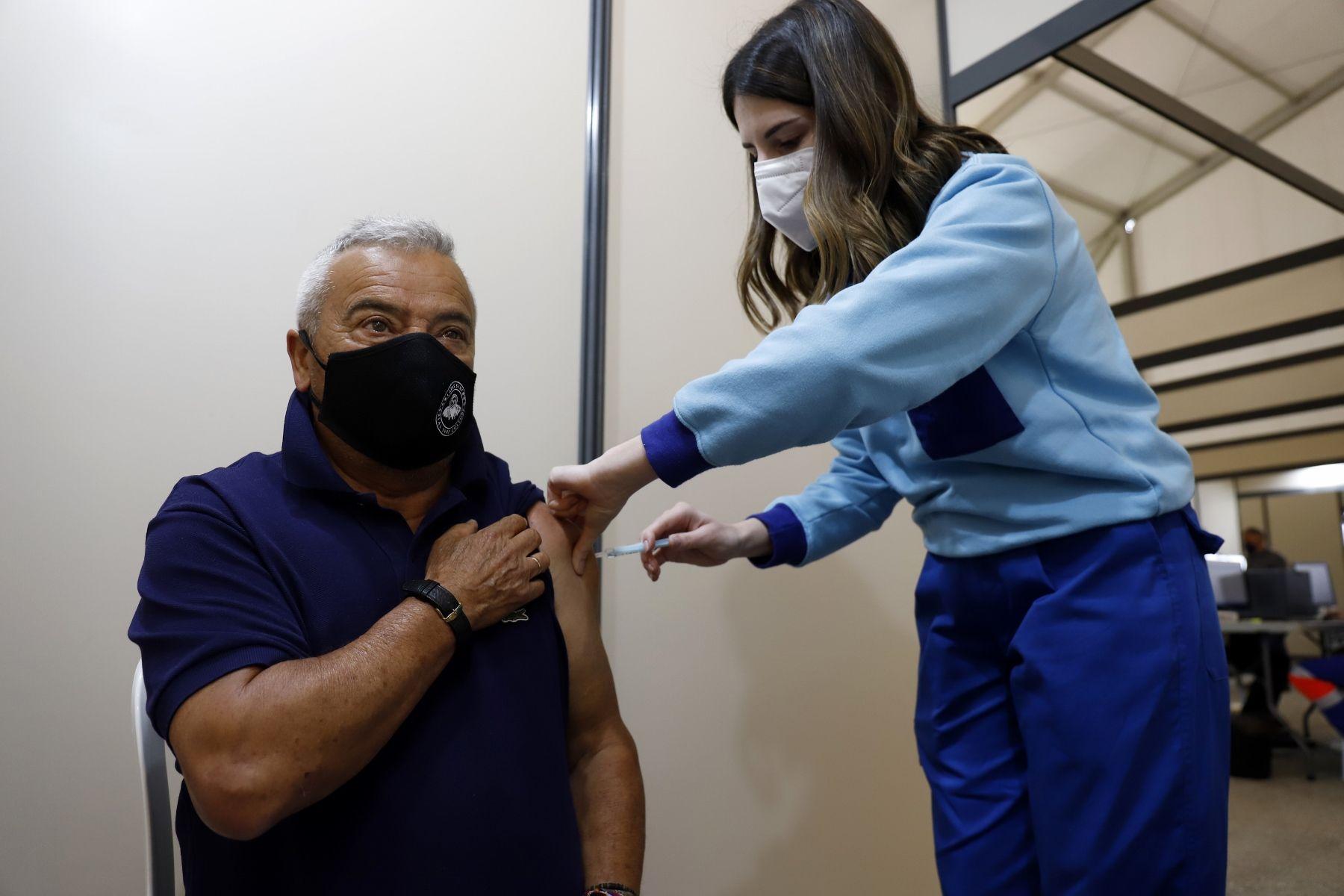 Centro de vacunación masiva en Vélez-Málaga