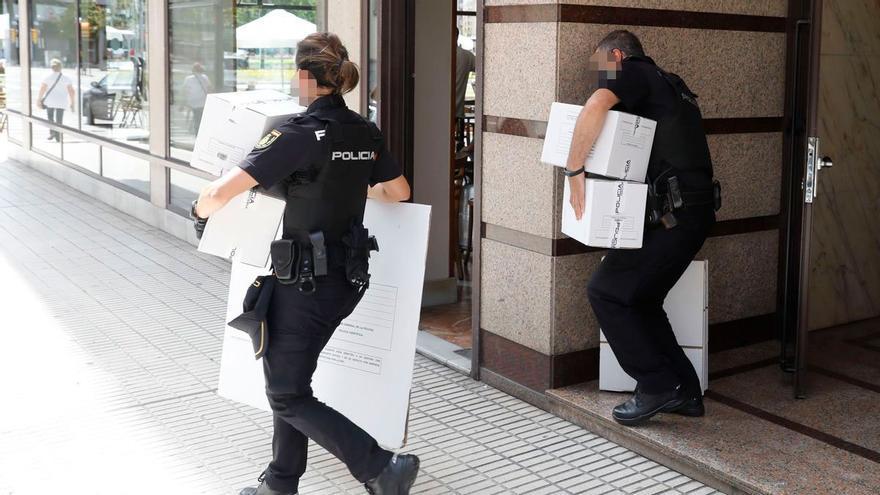 La Policía Nacional recaba pruebas de la violación múltiple en Gijón