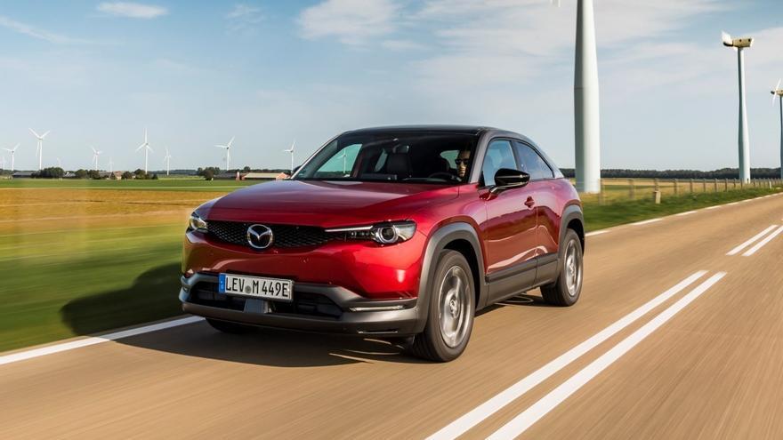 Vídeo: Prueba del Mazda MX-30, el primer modelo 100% eléctrico de la marca