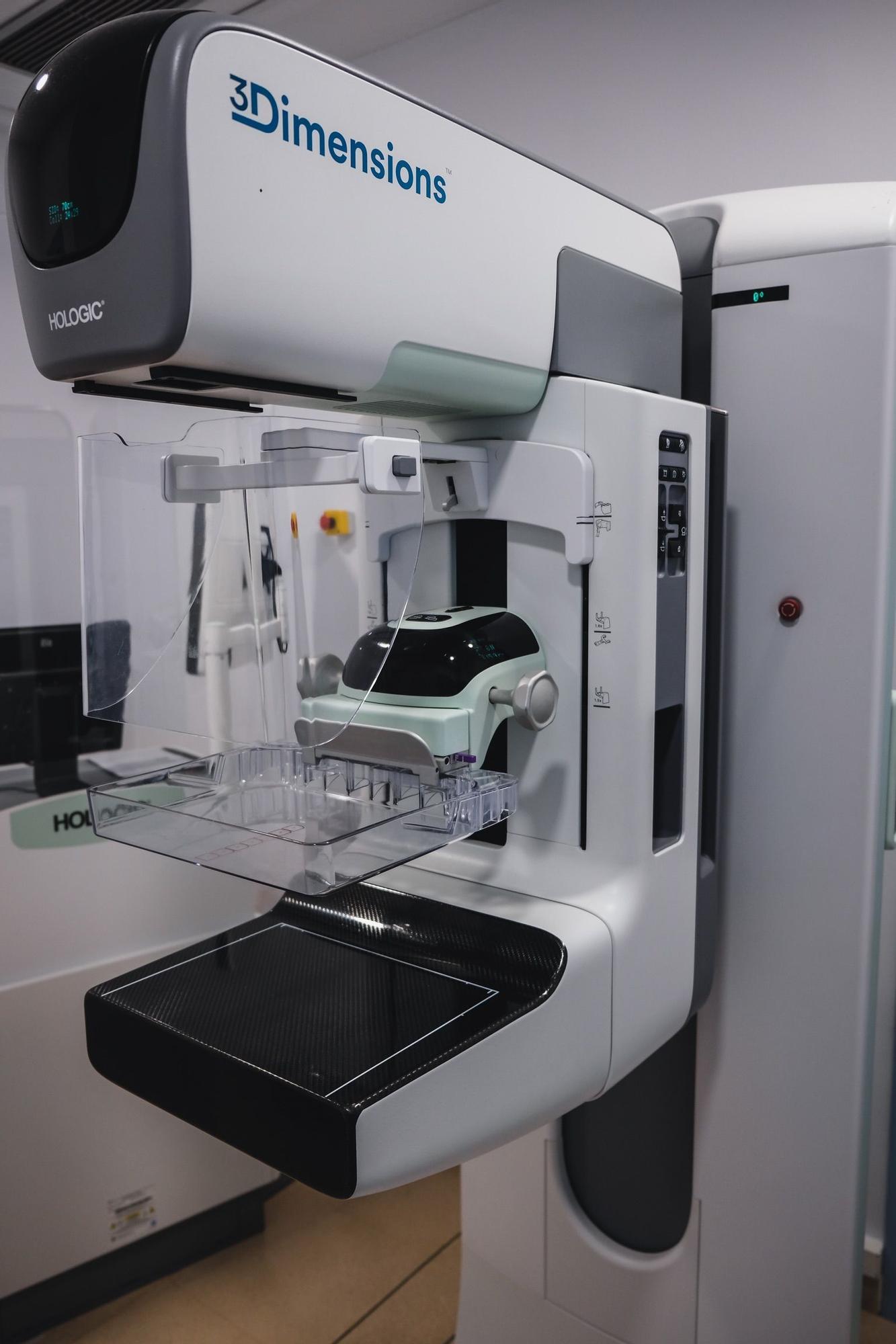 Mamógrafo 3D de última generación.