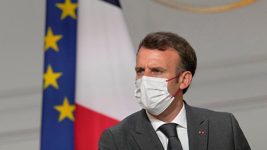 Francia exigirá el pase sanitario en restaurantes y centros comerciales a partir de agosto