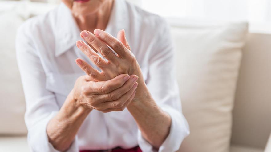 Sanidad dejará de financiar un grupo de medicamentos contra la artrosis