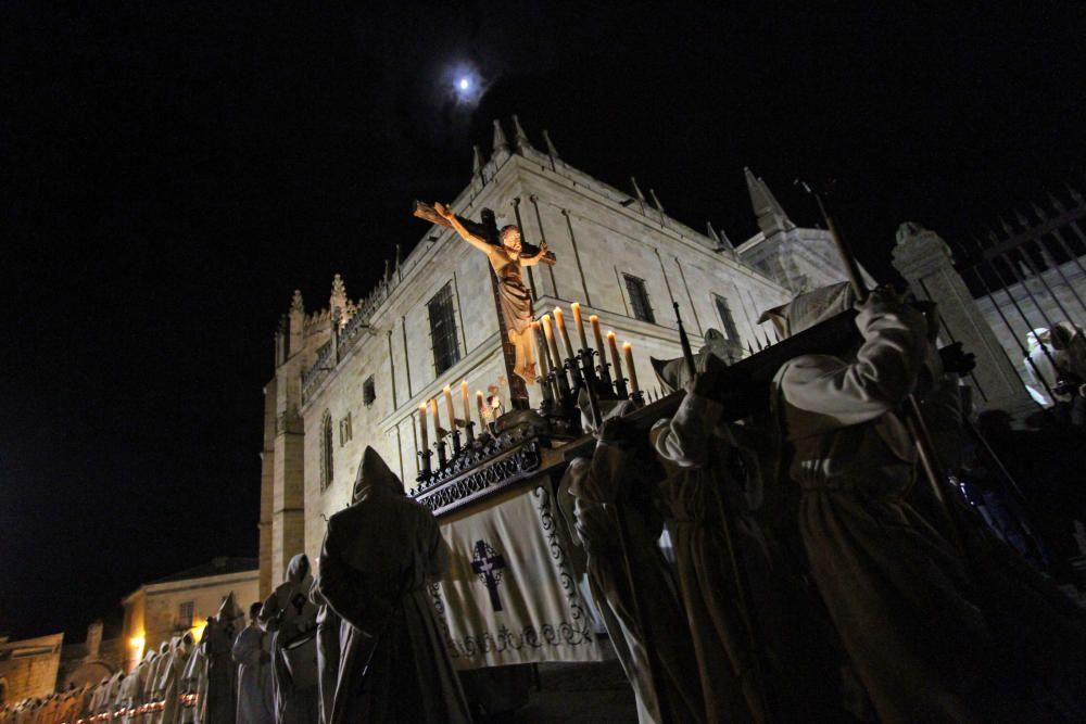 Semana Santa en casa: Procesión del Espíritu Santo