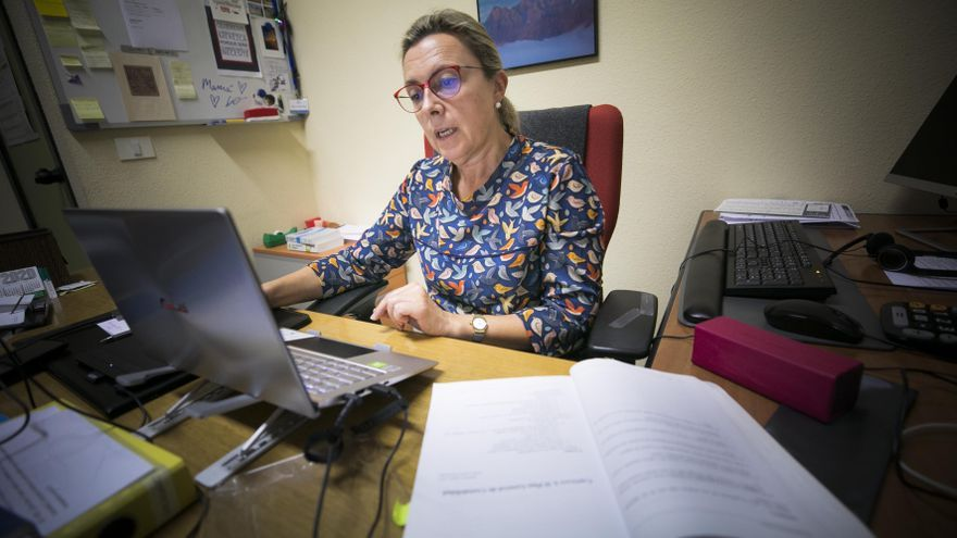 Las clases online dejan desierta la Universidad