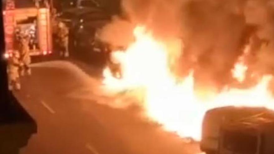 Aceptan ocho años de prisión por prender fuego a unos contenedores en Palma