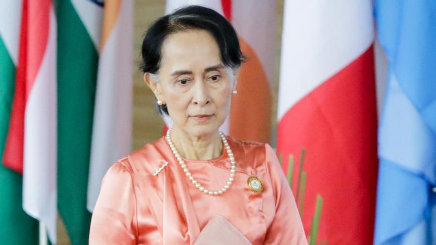 Aung San Suu Kyi pide a los birmanos que rechacen el golpe de estado