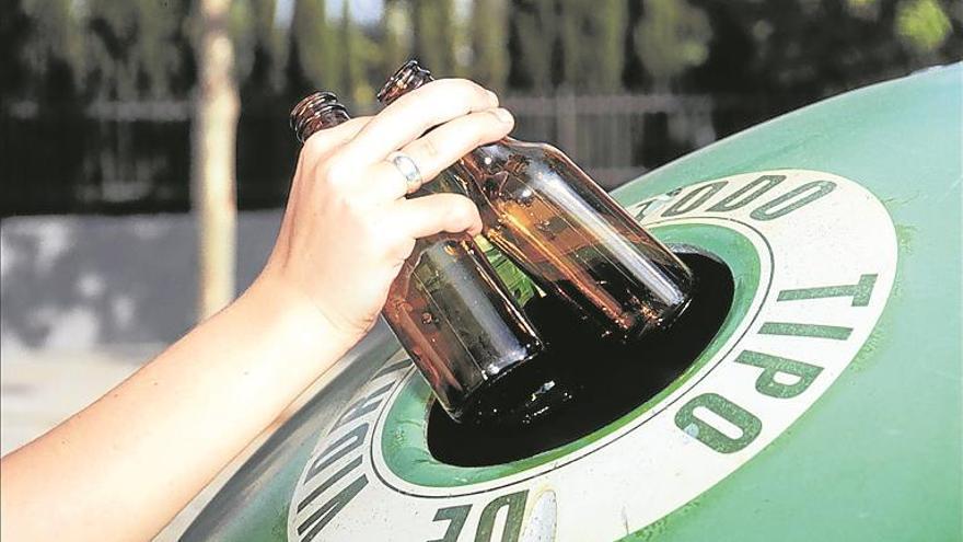El reciclaje de vidrio va a más en Castellón con 20.000 kilos al día