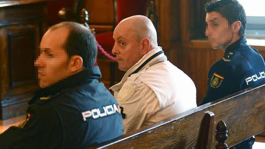 Condenado a 16 años de cárcel por robar, matar y quemar a un anciano en Pontevedra