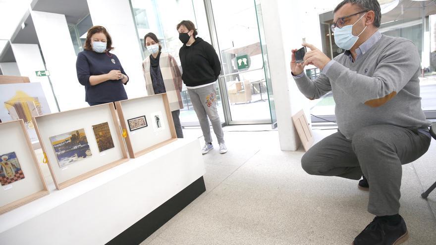 """La """"maleta viajera"""" del Museo de Pontevedra recala en Valga"""