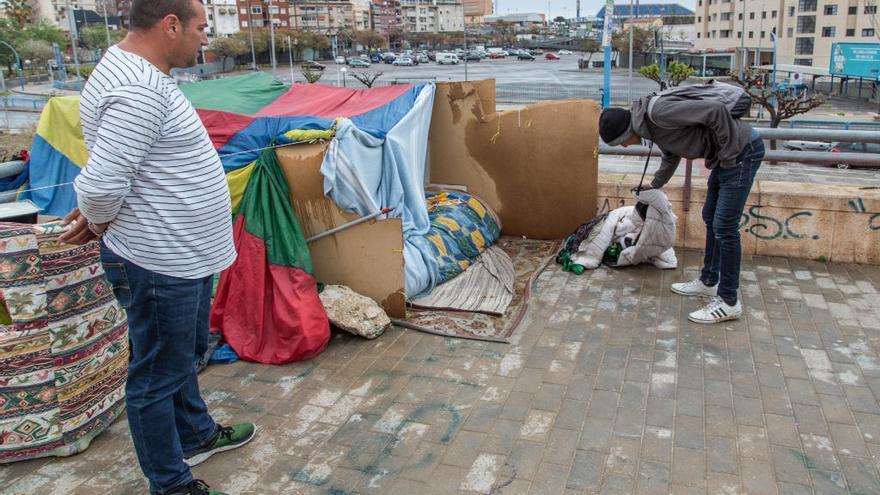 PSOE y Guanyar arremeten contra el cierre del albergue de Alicante los días de lluvia