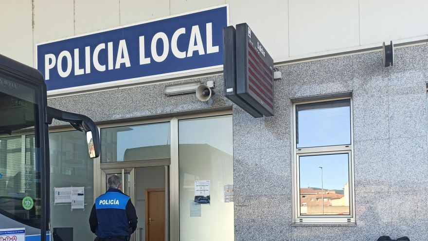 """""""Hay que cuidar lo público y hacer más calle"""", replica Trabanco a la Policía Local"""