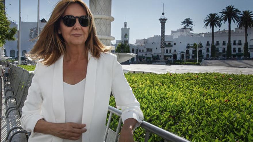 """María Dueñas: """"Me esfuerzo por componer tramas sólidas y personajes creíbles"""""""
