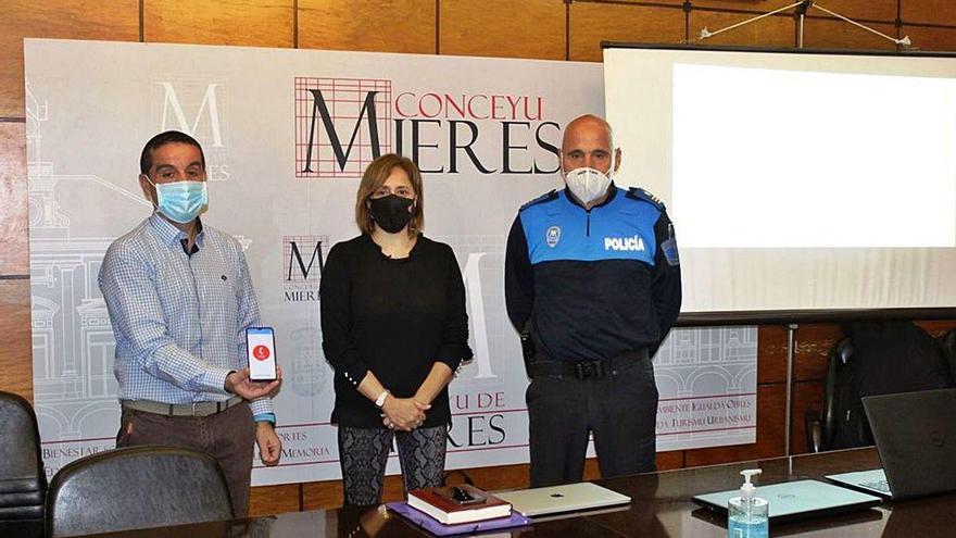 Las víctimas de maltrato en Mieres podrán avisar a la Policía con una aplicación móvil