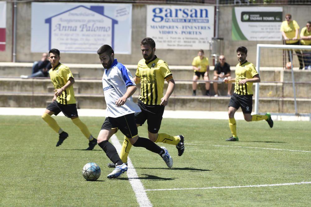 El Navarcles punxa i el Castellnou puja a tercera