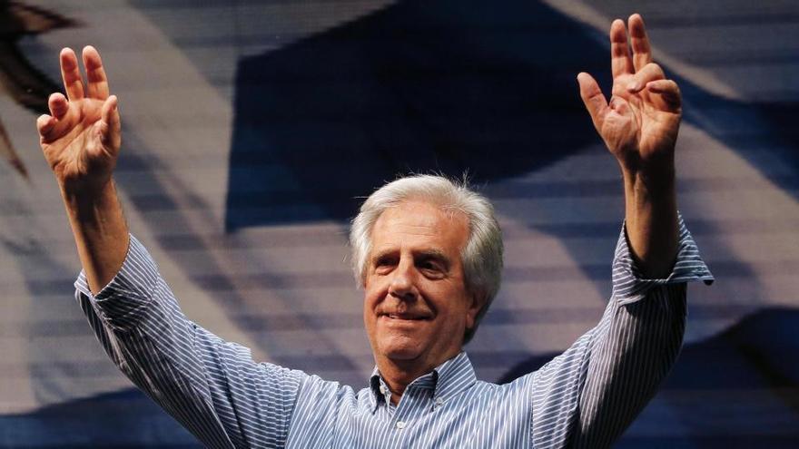 El expresidente uruguayo Vázquez, estable tras sufrir una trombosis en una pierna