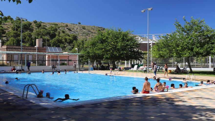 Villalonga abrirá su piscina el 15 de junio y Oliva también pero si pasa a la fase 3
