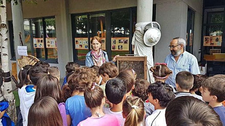 Inventos, experimentos y talleres, en la primera Feria de la Ciencia del Ría do Burgo