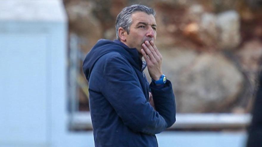 El ya exentrenador del Hércules David Cubillo, el domingo en su último partido en Atzeneta.
