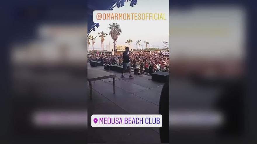 El Medusa suspende durante unos minutos el concierto de Omar Montes por el descontrol de los fans
