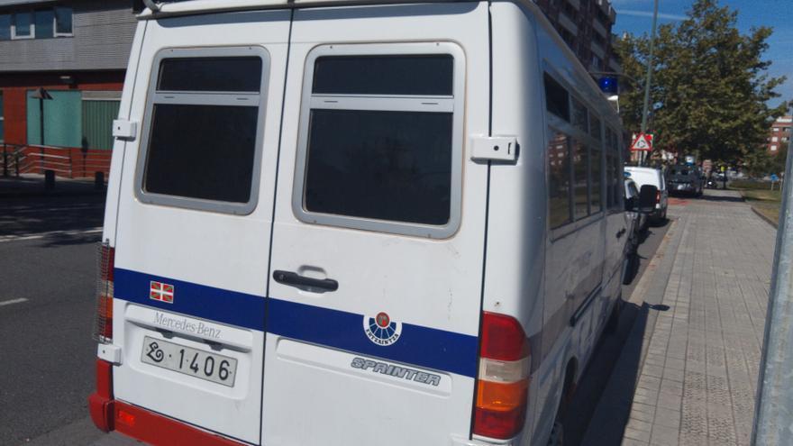 Detenido en San Sebastián por prender fuego a su compañero de piso tras lanzarle gel hidroalcohólico