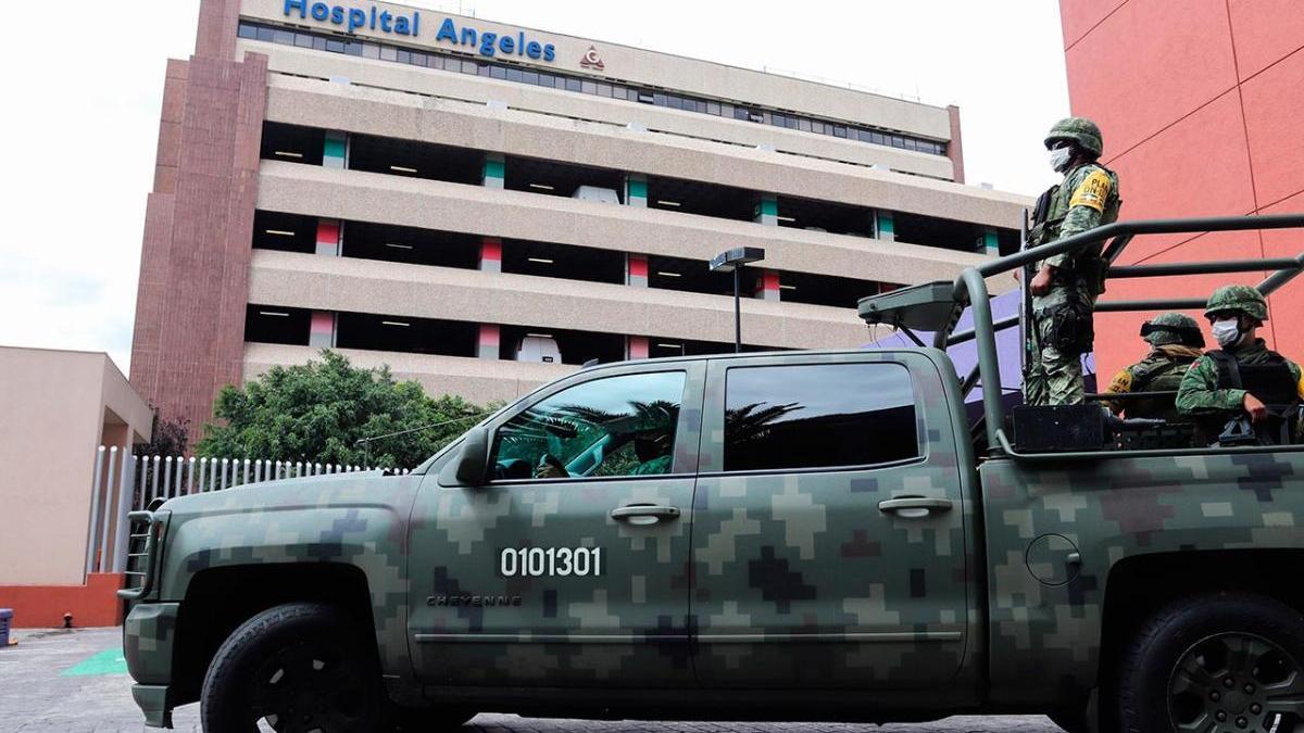 Custodia militar en el hospital de Ciudad de México en el que está  el exdirector de Petróleos Mexicanos
