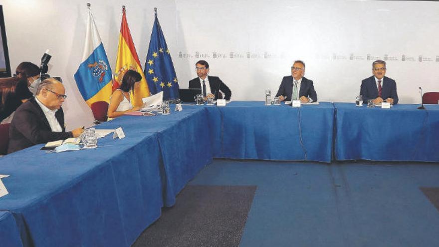 Torres impulsa el plan de reactivación con una partida inicial de 914 millones