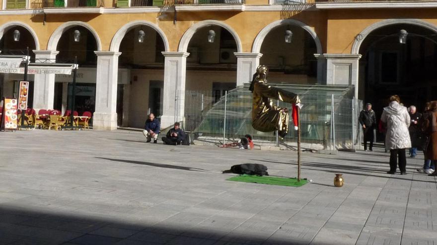 Los artistas callejeros deberán pagar un mínimo de 12 euros al mes para actuar en Palma