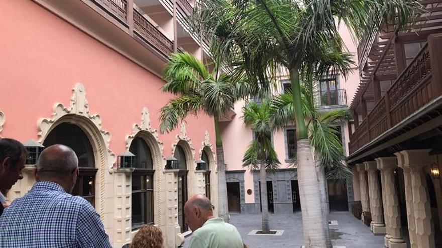 El hotel Santa Catalina entra en el siglo XXI