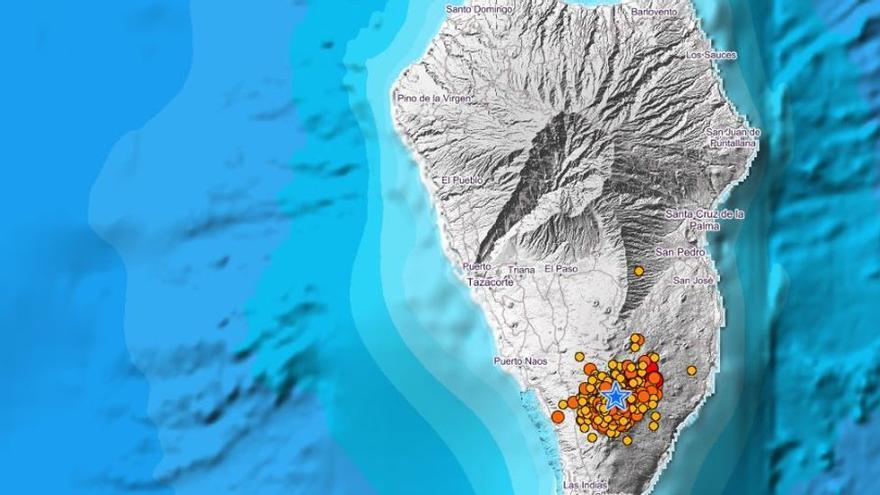 Las sacudidas del volcán de La Palma despiertan a la población