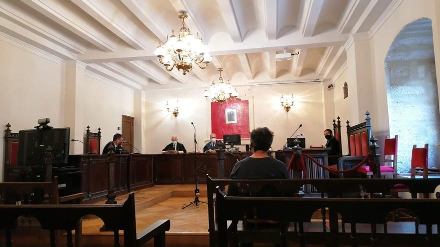 Condenado a seis meses de prisión un varón por proponer relaciones sexuales a menores en Toro