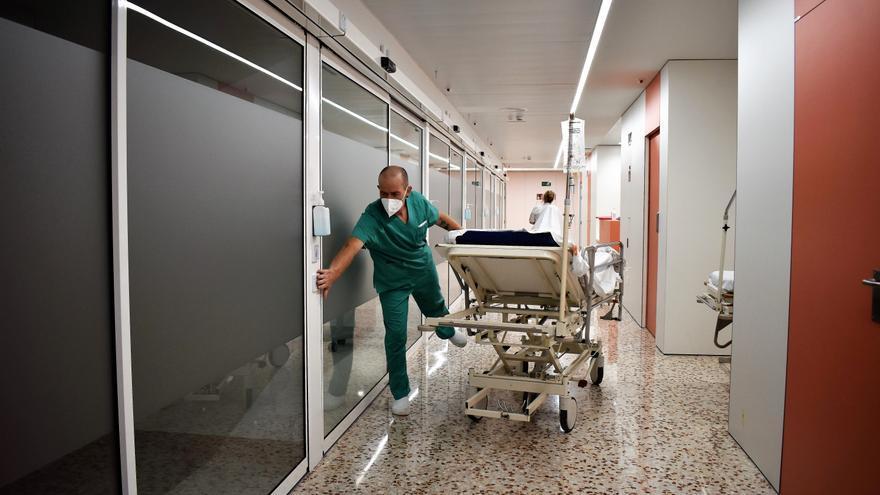 El nou hospital de dia mèdic de l'Hospital Santa Caterina de Salt, en funcionament