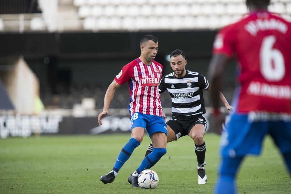 El partido entre el Cartagena y el Sporting, en imágenes