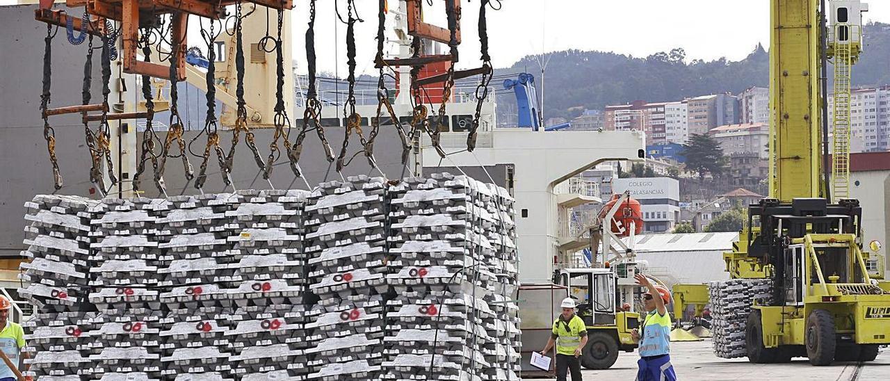 El aluminio amenaza con dar la puntilla a la industria