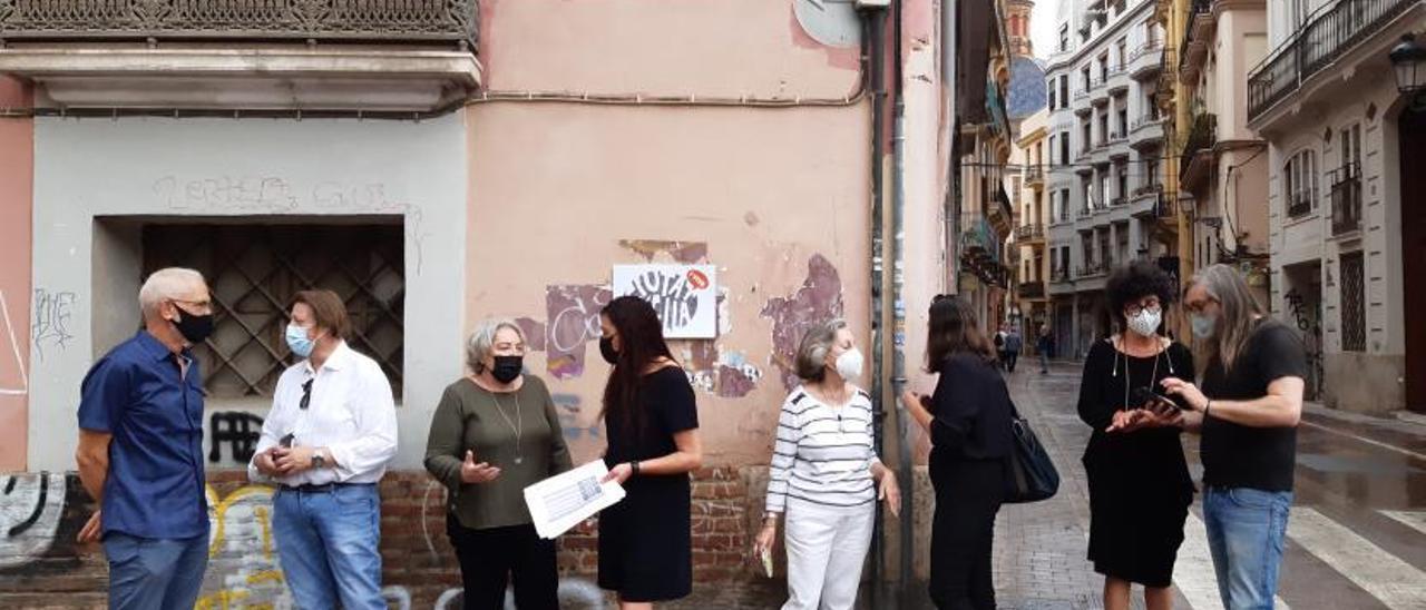 El 82% de los vecinos y comercios califica de «mala» la situación del centro histórico