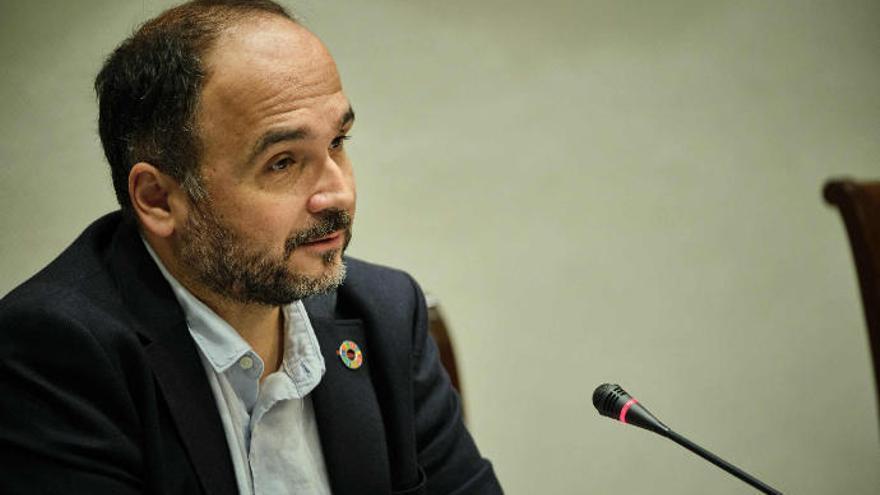 El Gobierno de Canarias revisará la Ley del Suelo con cabildos y ayuntamientos