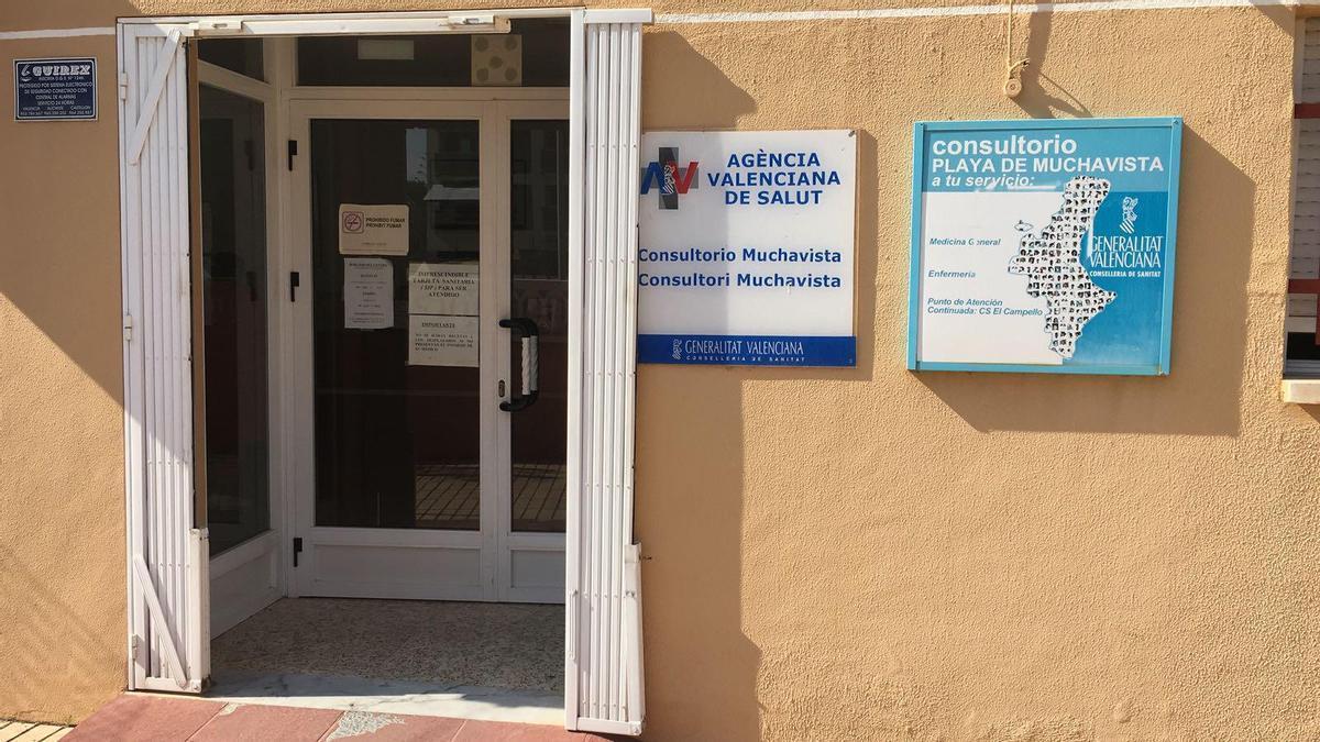 El Campello rechaza el cierre del consultorio de Muchavista por la pandemia y los vecinos anuncian movilizaciones