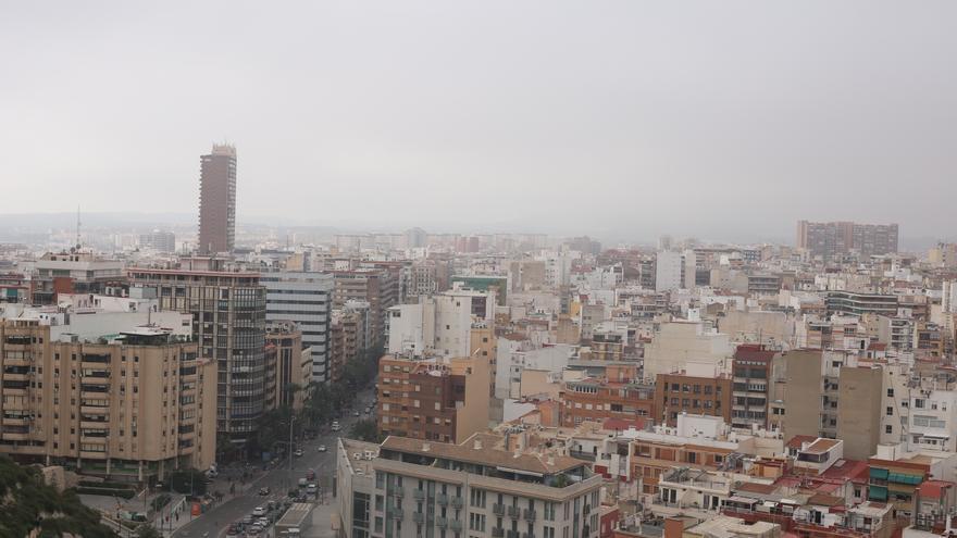 Cielos nubosos y niebla para hoy en la provincia de Alicante