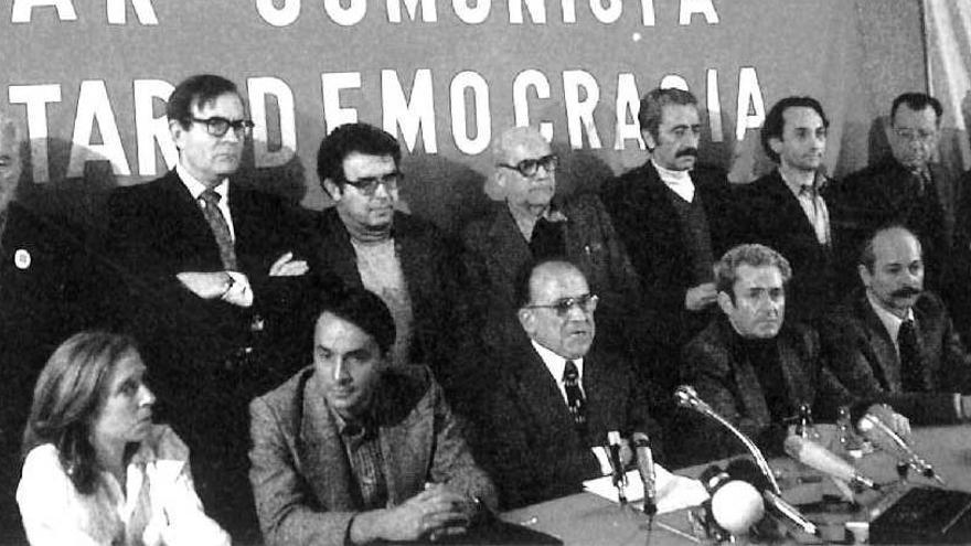 """El PCE confía en una nueva """"revolución"""" 40 años después de ser legalizado"""