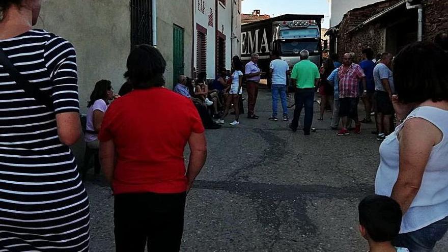 Domez, Valer y Gallegos del Río arreglan sus travesías de la carretera Zamora-Mahíde