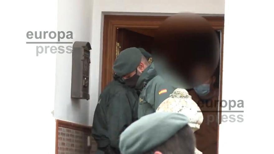 Los investigadores vuelven a registrar la casa del presunto autor de la muerte de Manuela Chavero