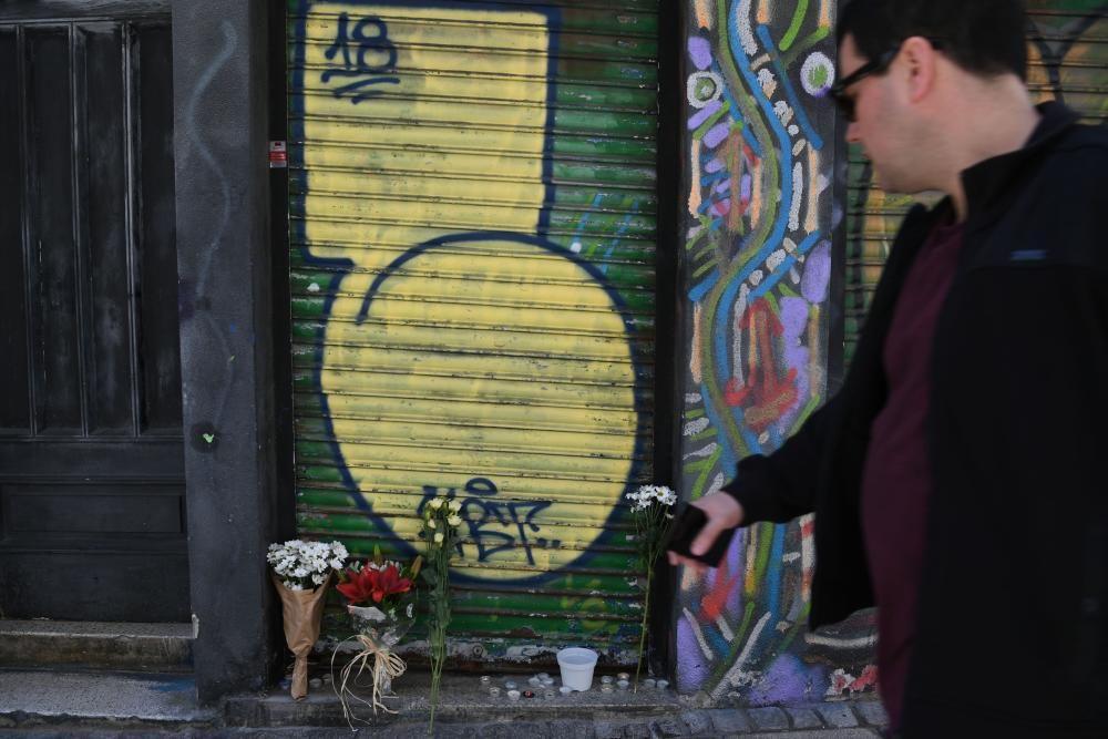Muestras de cariño tras el fallecimiento del propietario de la histórica tienda Discos Portobello, Jaime Manso Rey.